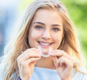 orthodontic aligner